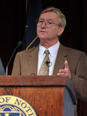 "College of Engineering professor Wolfgang Porod speaks at the 2010 Notre Dame Forum session ""Technology: Boon or Bane?"" Oct"